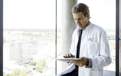 Healthcare Professional Discovering Bank of Southern California's Banking Solutions